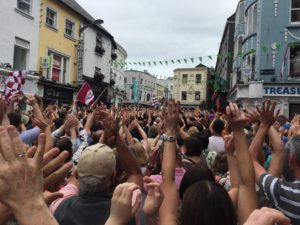 Sharon Shannon gathers a flash mob in Galway. Photo by Catherine Cronin, Flickr.